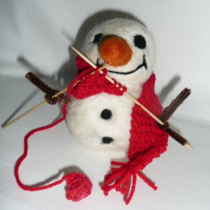 big snowman knitting